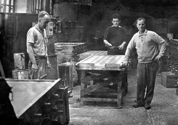 Old photo of workers